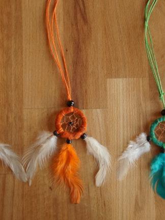 Traumfänger Kette Nikan in weiß, orange und grün
